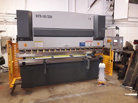 100T 3.2m Press Brake in West Yorkshire