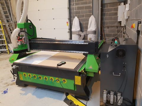 CNC router installed in a sign manufacturer in Newark