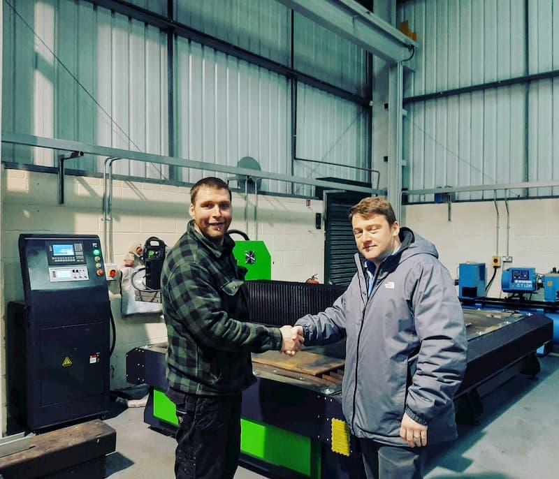 Tipton Fabricator cumpără plasmă CNC de tăiere de masă