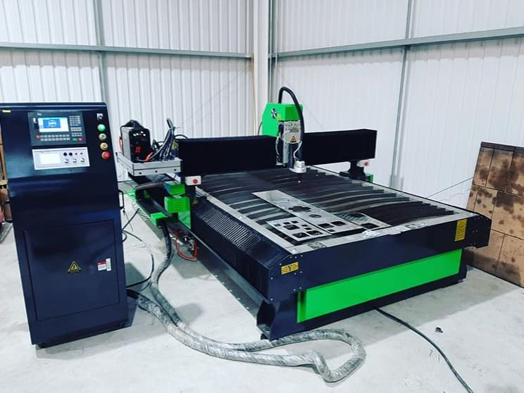 Lift Fabrication Company Invests In Plasma Cutting Machine.